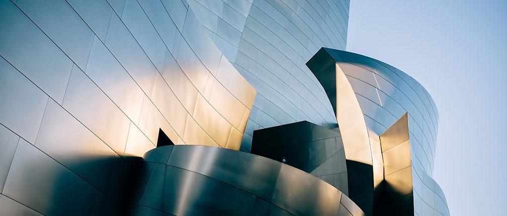 Exterior shot of the Walt Disney Concert Hall in Los Angeles.